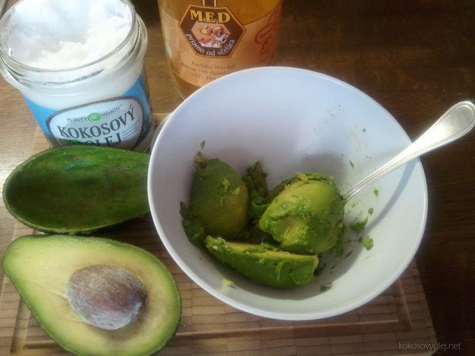 kokosovo-avokádová maska na tvár pre hydratáciu a výživu pleti