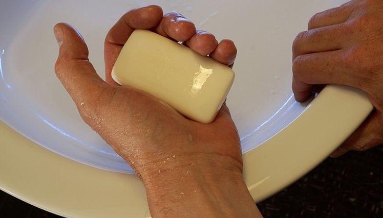 antibakterialne mydlo