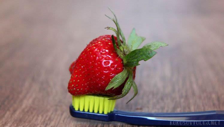 tipy na bielenie zubov doma