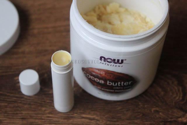 hydratacny balzam na pery z kakaoveho masla